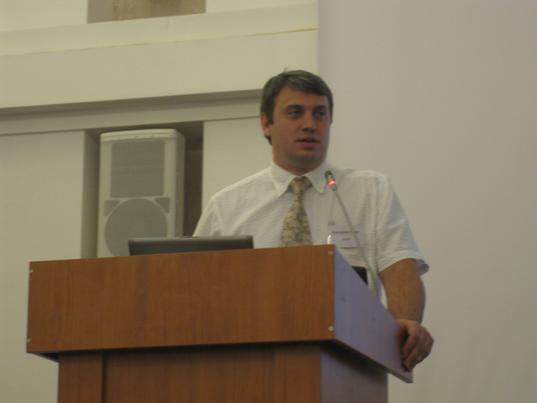 Марк Бондарев доклад - Высокоплотные претерминированные медные и оптические решения для ЦОД